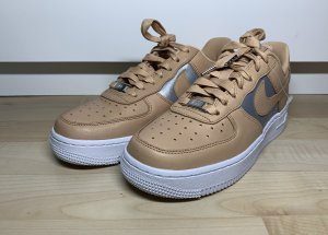Nike Air Force 1'07 SE Premium NuMetallic Gr.36,5 NEU!