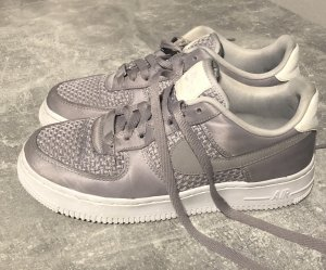 Nike Air Force 1 in grau Größe 38