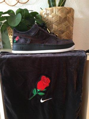 Nike Air Force 1 Sneaker Turnschuhe Samt Velvet Rose Patch Retro 2018