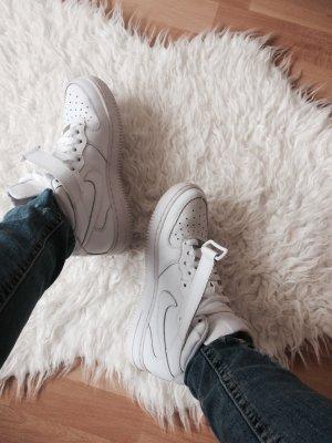 Nike Air Force 1 weiß