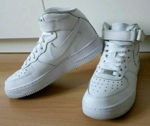 Nike Air Force 1, weiß, Gr. 36,5