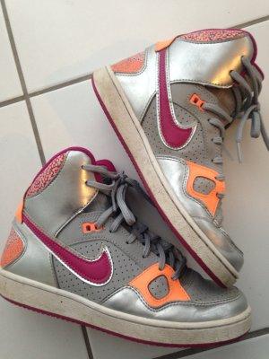 Nike Air Force 37,5 Sneaker