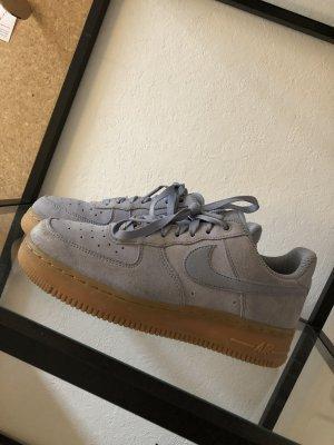 Nike Air Force babyblau Gr. 40