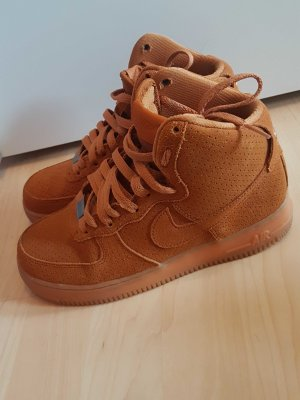 Nike Air Force braun