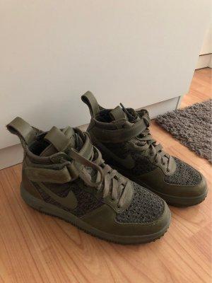 Nike High top sneaker donkergroen