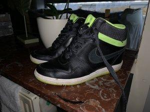 Nike air Force Keilabsatz