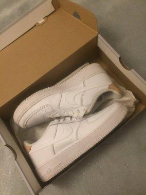 Nike Zapatilla brogue blanco-color oro