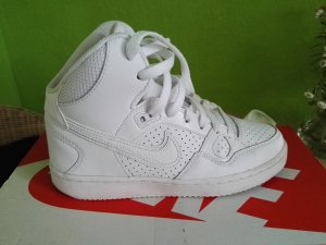 Nike air force mid...