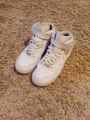 Nike Air Force One in sehr gutem Zustand