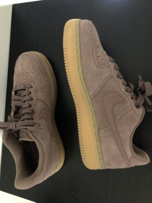 Nike Air Force Wildleder