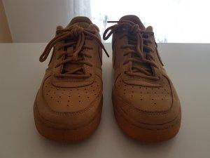 Nike Air (hellbraun, Wildlederoptik)