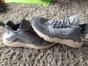 separation shoes 3bdca a3672 Nike Air Huarache 38