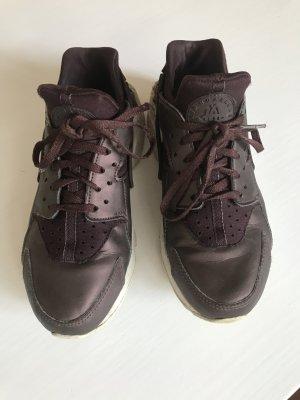 Nike Air Huarache metallic Bordeaux rot braun 38