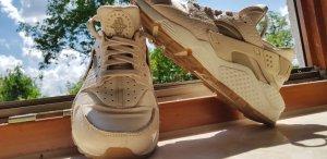 Nike Air Huarache - Oatmeal Khaki Sail Gum- Rarität!