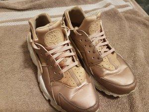 Nike Air Huarache rose gold. Größe 38.5