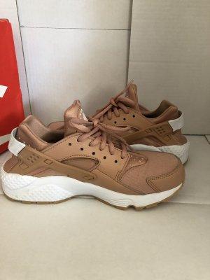 Nike Air Huarache run dusted clay women