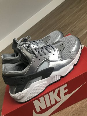 Nike Air Huarache - Silver/Grey !!