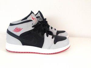 Nike Air Jordan 1 Grau