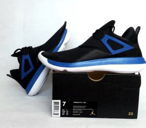 Nike Air Jordan FLY Gr.40 Neu
