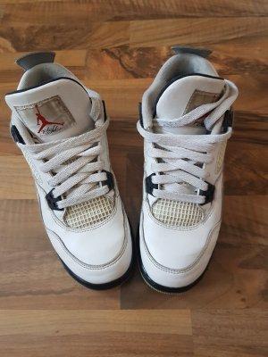 Nike Air Jordan Sneaker