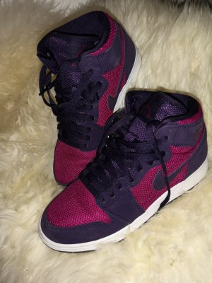 Nike Air Jordan Sneaker high berry/lila