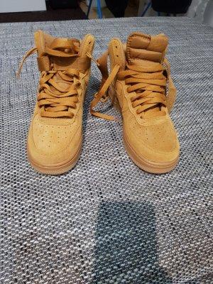 Nike Basket montante brun