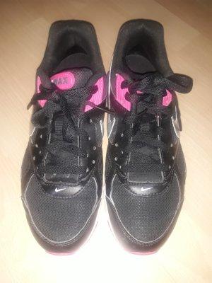 Nike Sneakers zwart-roze