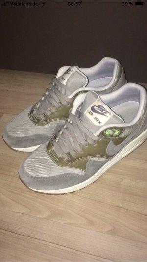 Nike Sneakers met veters grijs-lichtgrijs