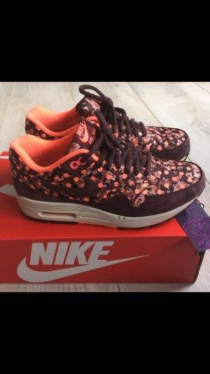 Nike Air Max 1 Liberty Polka Dots