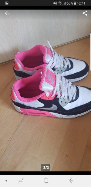 Nike Basket blanc-rose