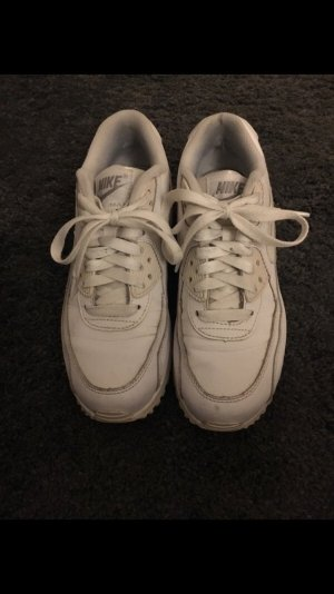 Nike Basket à lacet blanc-blanc cassé