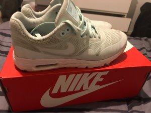 Nike Sneaker stringata turchese-celeste