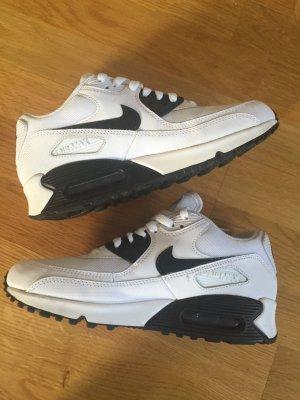 Nike Air Max 90 Essencial Gr. 38,5