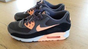 Nike Air Max 90 Neu! Gr. 36,5