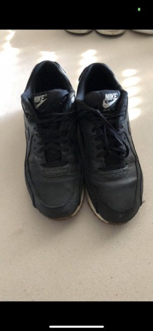 Nike Lace-Up Sneaker black leather