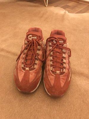 Nike Sneakers met veters abrikoos-zalm