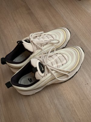 Nike Basket à lacet beige clair