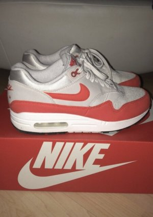 Nike Sneaker stringata rosso-bianco