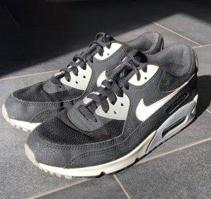 Nike Schoenen veelkleurig