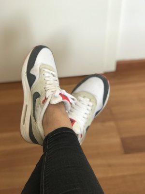 Nike Air Max Gr 36 Leder/Mesh weiß rot grau