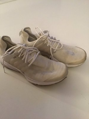 Nike Air Max, Gr. 38 in weiß