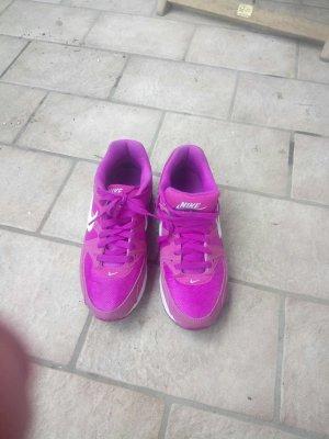 Nike air max gr. 40 dreimal getragen