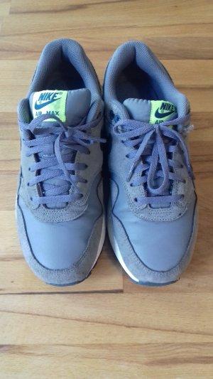 Nike Air Max grau 39