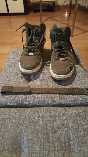 Nike Sneaker stringata verde bosco Fibra tessile