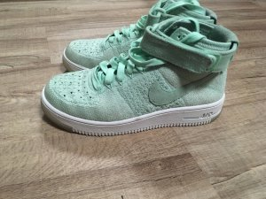 Nike Basket montante vert menthe