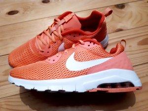 Nike Air Max Motion Gr. 38