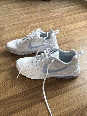 Nike Air Max Motion LW Weiß Hellblau Gr. 41