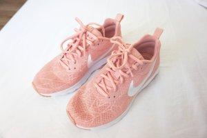 Nike 'Air Max Motion' rosa