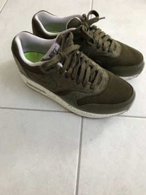 Nike Air Max One Olivgrün