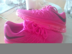 Nike Lace-Up Sneaker pink-black